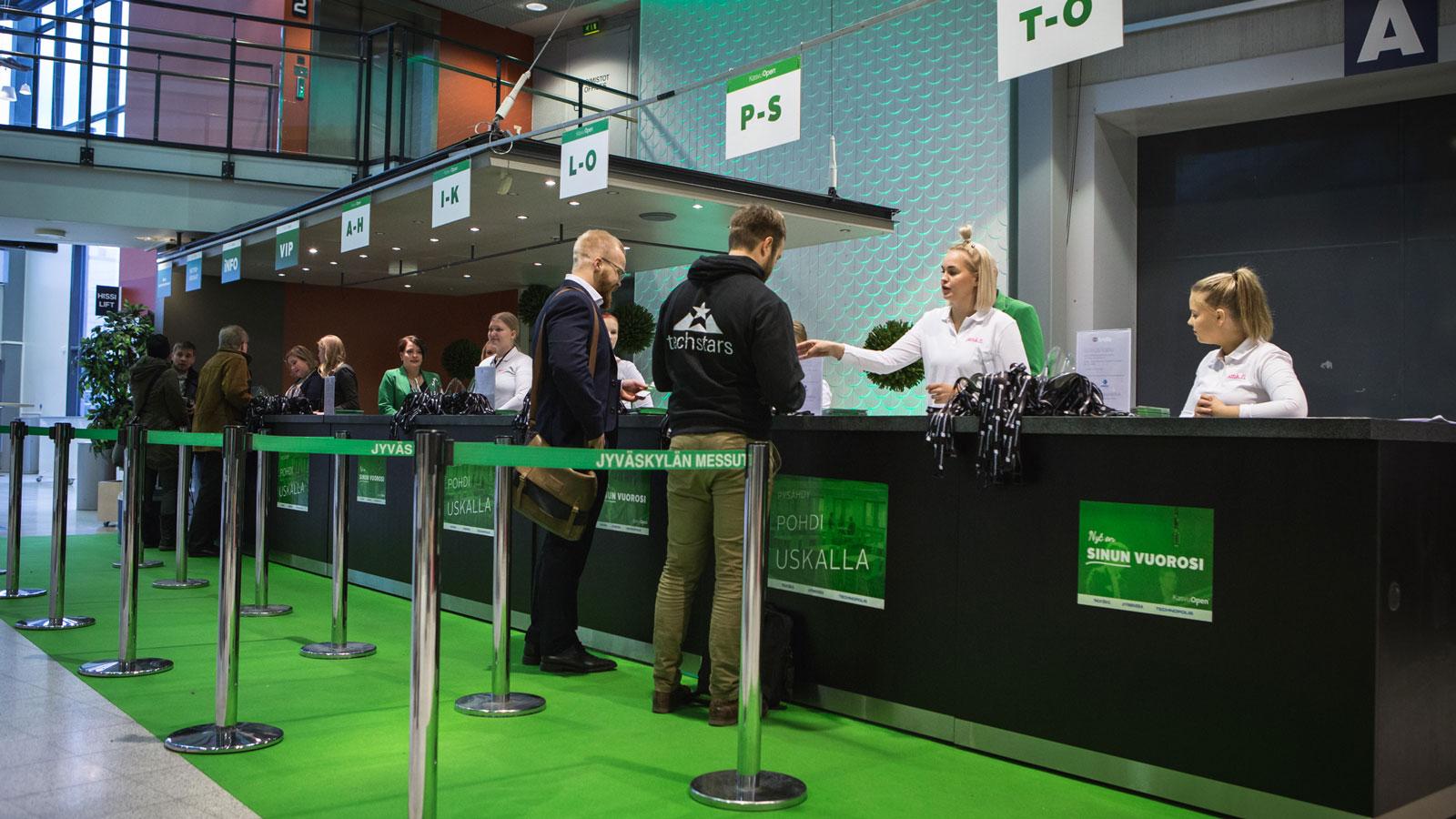 Registration in Paviljonki.