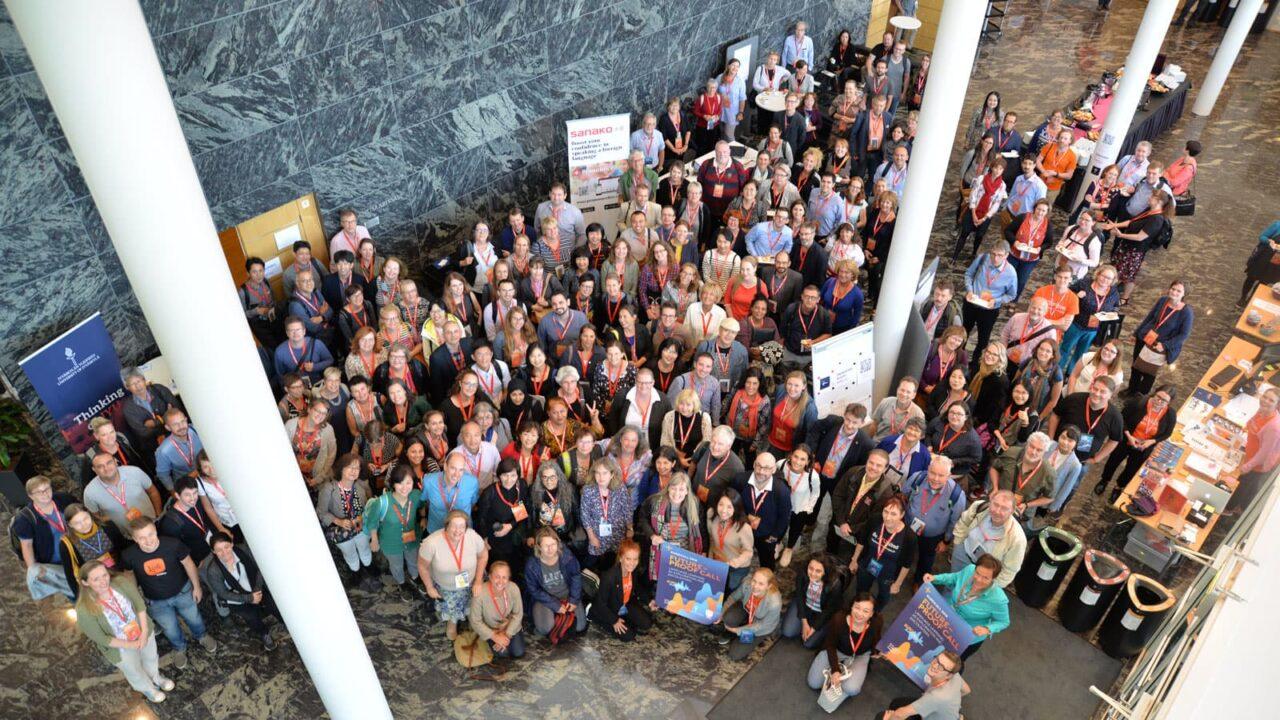 Henkilöitä Eurocall konferenssissa.