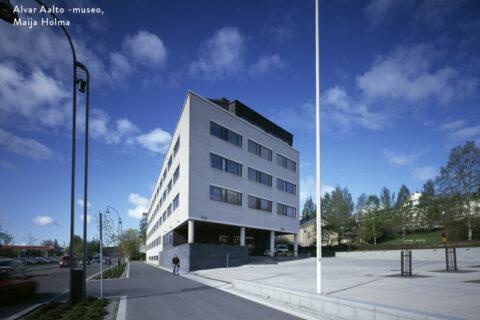 Virastotalo Jyväskylän keskustassa