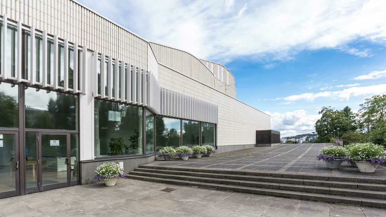 Jyväskylän kaupunginteatteri ulkoapäin