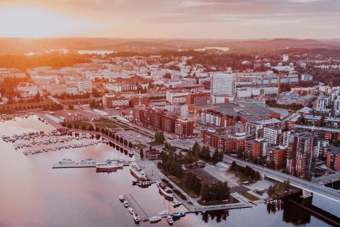 Ilmakuva Jyväskylästä ja Jyväskylän Lutakon satamasta