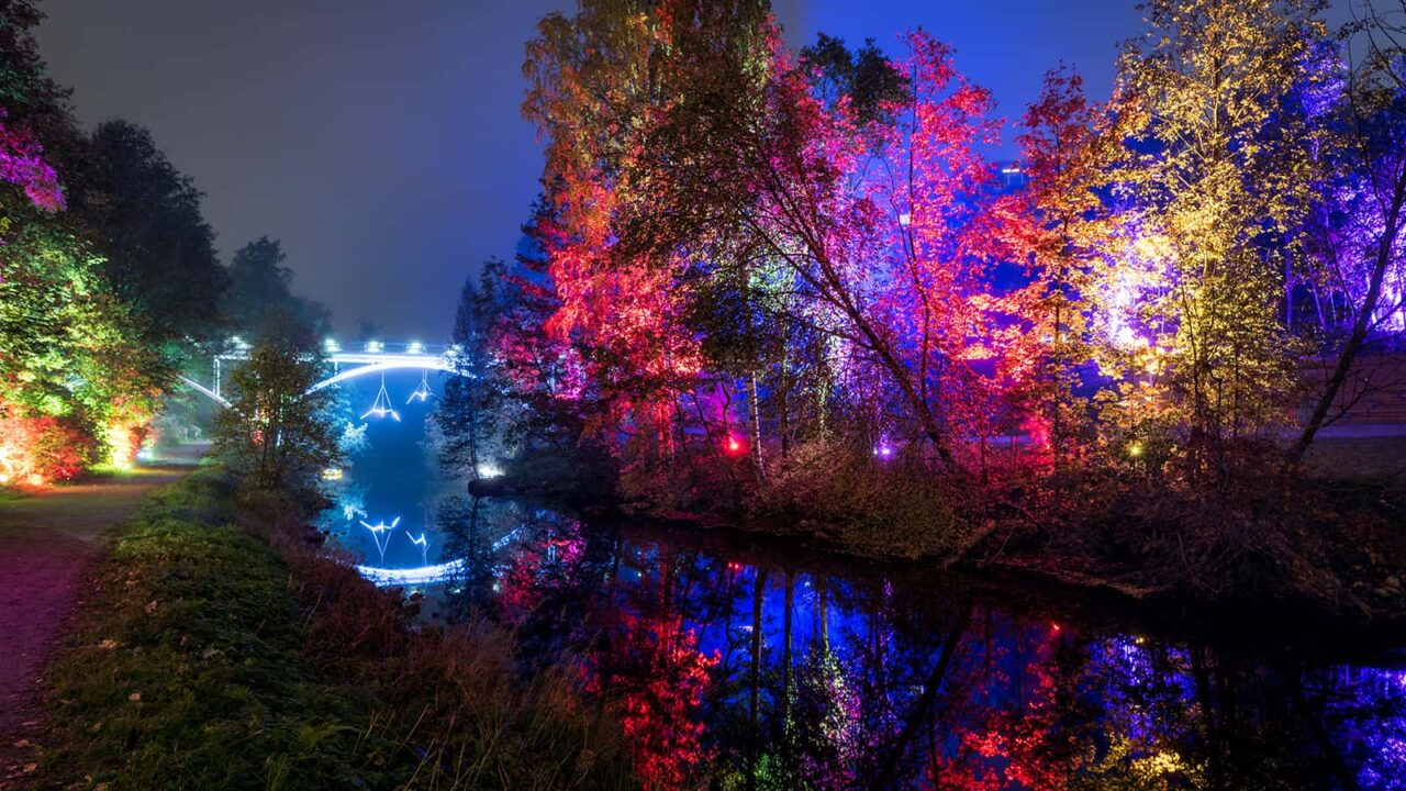 Eine Brücke in der Abendlichtung