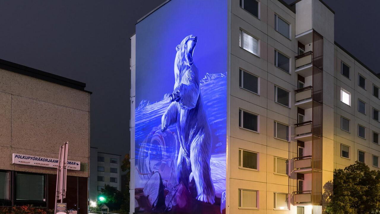 A wall mural with a polar bear