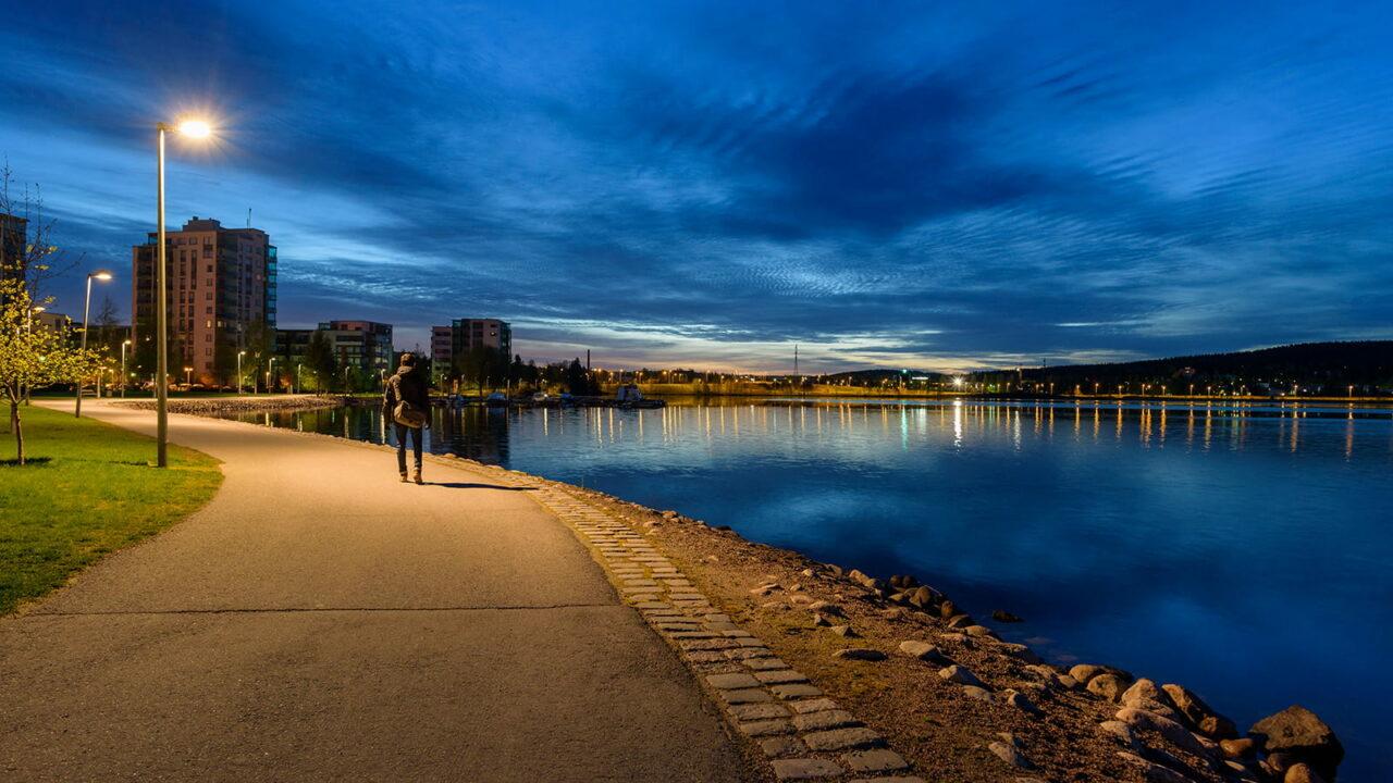 Iltainen Rantaraitti ja Jyväsjärvi