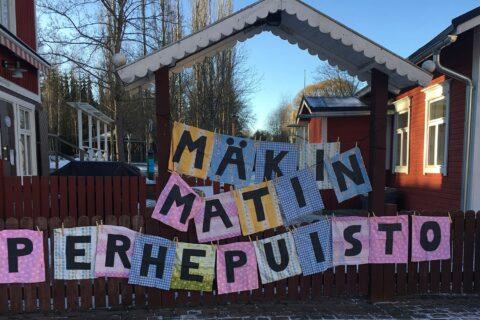 Mäki-Matin perhepuiston portti