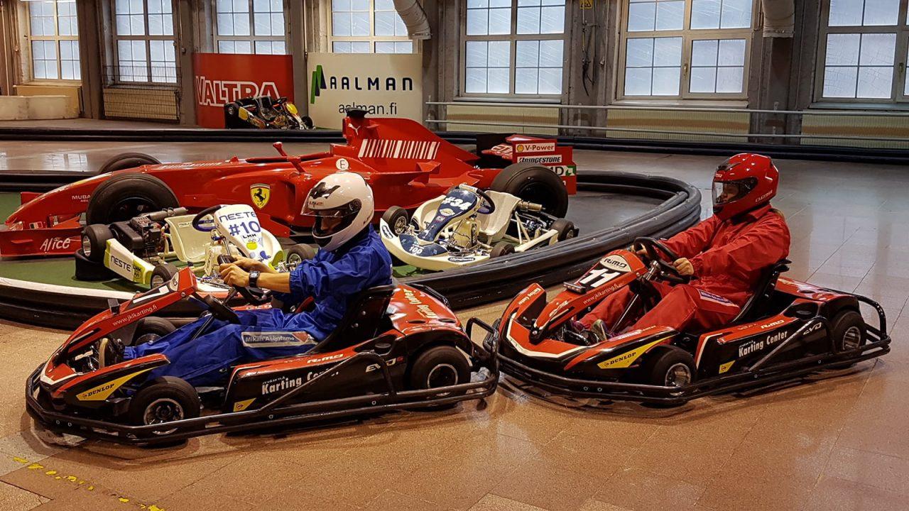 Karting-autoja Karting Centerissä Jyväskylässä.